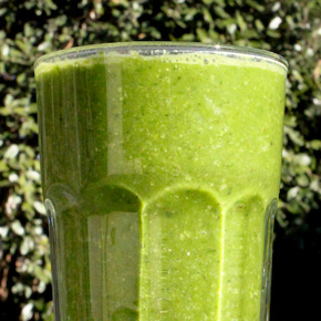 Good Morning: Green Hemp Protein Smoothie